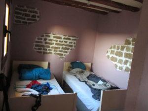 Zweibettraum ohne Tür