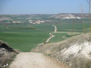 Steiler Abstieg nach Hornillos